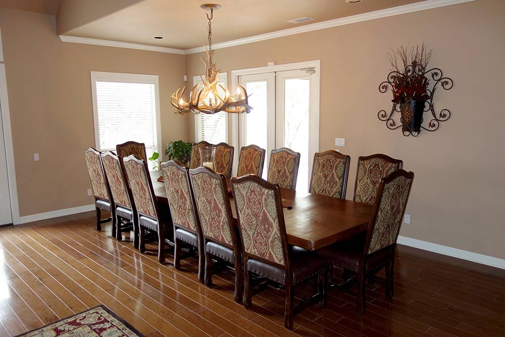 Ranch House Dining Table and Chairs